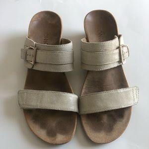 VIONIC Tan/Beige Sandals Adjustable Straps Size 8